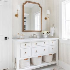 Beautiful bathroom decor some ideas. Modern Farmhouse, Rustic Modern, Classic, light and airy master bathroom design ideas. Bathroom makeover ideas and master bathroom remodel some ideas. Bathroom Inspo, Simple Bathroom, Bathroom Inspiration, White Bathroom Decor, Girl Bathroom Ideas, White Vanity Bathroom, Scandinavian Bathroom Mirrors, Decorating A Bathroom, Parisian Bathroom