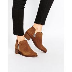 Pull&Bear Zip Detail Ankle Boots (£36) ❤ liked on Polyvore featuring shoes, boots, ankle booties, brown, brown suede booties, suede boots, short suede boots, brown bootie and suede bootie