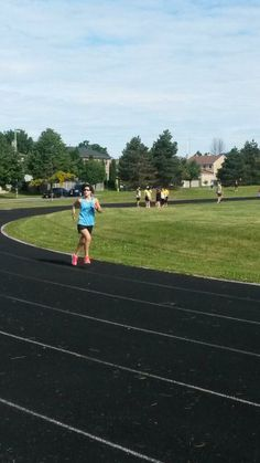 Vincenzia running the 1500