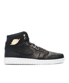0731aa47a7a518 Air Jordan 1 Pinnacle Pinnacle Black Mtllc Gold Mtlc Smmt Wht