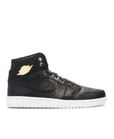 28d5d2be8c04 Air Jordan 1 Pinnacle Pinnacle Black Mtllc Gold Mtlc Smmt Wht