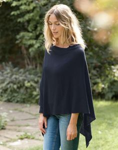 poncho outfit for breastfeeding