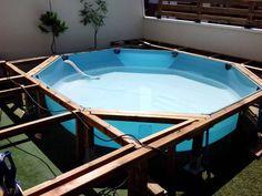 tarima de madera en piscina de pl stico comunidad leroy merlin xardines. Black Bedroom Furniture Sets. Home Design Ideas