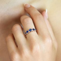 Sapphire ring gold Princess cut ring Sapphire engagement - April 27 2019 at Princess Cut Rings, Deco Engagement Ring, Antique Engagement Rings, Gold Sapphire Ring, Sapphire Wedding, Sapphire Jewelry, Antique Sapphire Rings, Gold Jewelry, Jewelry Rings