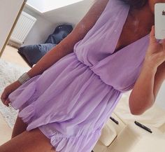 Cute romper. Love this colour! Perfect for summer