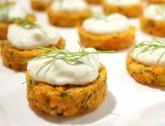 Fingerfood: Lachs-Dill-Küchlein mit Creme