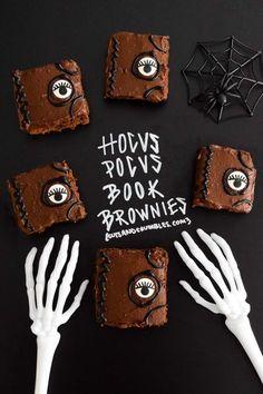 Hocus Pocus Book Brownies--BoooOOookkKK!!! These Hocus Pocus Book Brownies are the perfect festive Halloween dessert! Don't look them right in the eye, they might put a spell on you! {cutsandcrumbles.com} #hocuspocus #brownies #halloween #hocuspocusfood #moviethemedfood #halloweenfood #chocolate #cutsandcrumbles Halloween Pizza, Halloween Dinner, Halloween Festival, Halloween Desserts, Halloween Food For Party, Halloween Birthday, Halloween Party Decor, Baby Halloween, Spooky Halloween