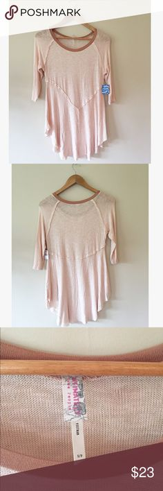 "NWT Free People Weekend Layering Long Sleeve Top This classic FP staple is brand new with tags. Super soft and lightweight with signature unfinished hems. Size S, 16"" pit to pit, 28"" long.No trades, bundles and offers welcome! Free People Tops Tees - Long Sleeve"