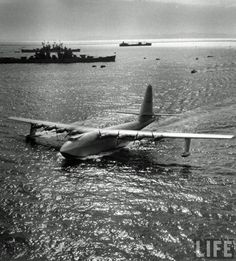 """This Day in History:  Nov 2, 1947: The Hughes Flying Boat """"the Spruce Goose"""",the largest aircraft ever built, flies. http://dingeengoete.blogspot.com/"""