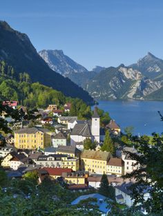 Traunsee, one of my most favourite places in the world. Visit Austria, Austria Travel, Vienna Austria, Travel Europe, Beautiful Places To Travel, Great Places, Travel Memories, Lake District, Alps