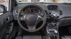 2017 Ford Fiesta ST200 - Interior, Steering Wheel - Picture # 41