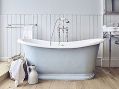 The #light #blue Le Bain de Bateau brings a touch of #spring in every #bathroom.