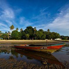 Pantai Sungai Pagar on a clear day On A Clear Day, Labuan, Borneo, Golf Courses, Island, Beach, Instagram, The Beach, Islands