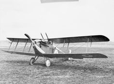 BRITISH AIRCRAFT FIRST WORLD WAR 1914-1918 (Q 67512) Sopwith 5F.1 Dolphin single-seat fighter biplane. Used for ground attack and high-altitude offensive patrols