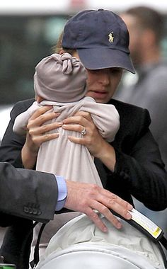 natalie portman baby aleph    Natalie Portman Steps Out With Baby Aleph in Paris   E! Online