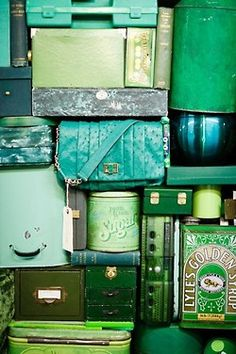{Color Inspiration} 2013 Pantone Color of the Year ~ Emerald - The Pretty Pear Bride - Plus Size Bridal Magazine