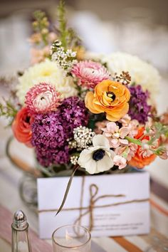 Fall Wedding Flower Ideas-Bridal Bouquet and Decorations