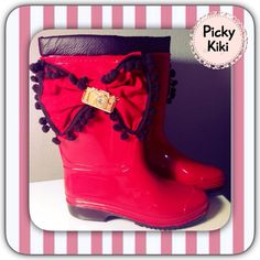 Rubber Boots Trendy Shoes, Rubber Rain Boots, Chic, Lady, Fashion, Shabby Chic, Moda, Elegant, Fashion Styles