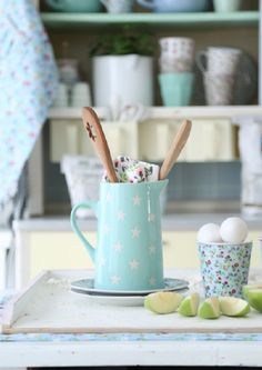 The sun has finally started to come out to play and it is feeling a lot more like Spring with Summer on it's way! Turquoise Cottage, Pastel Kitchen, My Essentials, Have A Lovely Weekend, Country Charm, Antique Shops, Blue Bird, Deco, All The Colors