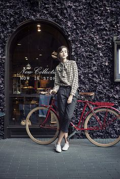 Classic. Refined. Ready to roll. #cyclechic #bikes