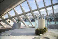 centros_mesa_empresas_las_tres_sillas8 Glass Of Milk, Centre, Table, Centerpieces, Corporate Events, Tables, Desk, Tabletop, Desks