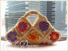 Free Crochet pattern. Would like to make this a bit bigger & use as a project tote.