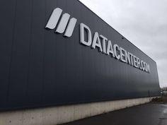 Datacenter.com ontsluit Amsterdams datacenter met glasvezelringen Relined - http://datacenterworks.nl/2017/05/03/datacenter-com-ontsluit-amsterdams-datacenter-met-glasvezelringen-relined/