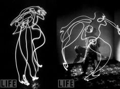 Picasso with light by Gjon Mili in 1949
