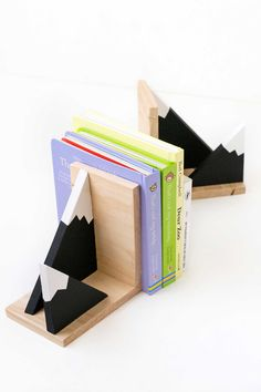 DIY mountain bookends - Make and Tell for Curbly