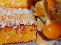 Cortaditos de naranja con merengue de coco.
