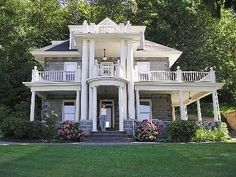 Olympia Mansion - Written up in Coastal Living Magazine, this 1910 mansion has more than it's looks to offer. A gourmet kitchen 6 bedrooms and 5 baths, located just minutes from the state capital, children's museum, ...
