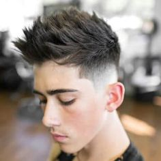 Faux Hawk Fade Haircut for Men. Unique Faux Hawk Fade Haircut for Men - A socially Styles Of the Past. Modern Mens Haircuts, Best Fade Haircuts, Cool Haircuts, Haircuts For Men, Stylish Haircuts For Boys, Popular Haircuts, Taper Fade, Faux Hawk Hairstyles, Cool Hairstyles