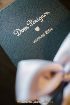 Anniversaries, marriage proposals, elopement weddings, engagements and special dates - www.romanticgetaways.com