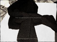 una sciarpa con la fessura per annodarla! geniale!