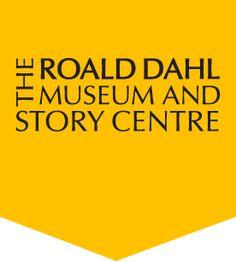 Museo Roald Dahl (Great Missenden, Inglaterra): Impulsado por su viuda, Felicity, y ubicado en el pueblo donde vivió el autor galés durante casi cuarenta años, en él se pueden contemplar manuscritos, fotografías, cartas… Y, por supuesto, conocer a todos los personajes y libros de su extensa e imprescindible bibliografía.