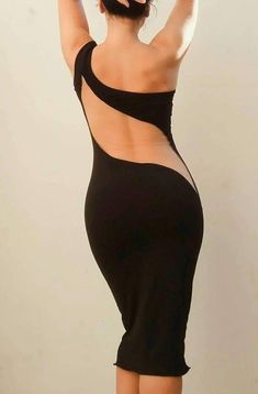 This stunning tango dress fashioned out of elastic jersey and an open sexy back is elegant and beautiful! Comes in every colour possible, by demand. Black Open Back Tango Dress. Now I need tango lessons! Dance Outfits, Dance Dresses, Dress Outfits, Elegant Dresses, Sexy Dresses, Fashion Dresses, Robes Glamour, Tango Dress, Tango Dance