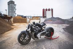 Suzuki GSX1400 Cafe Racer by DB Design Bikes #motorcycles #caferacer #motos | caferacerpasion.com