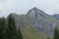 Blog über das Reisen und wandern. Zurzeit vorallem Wandern in der Schweiz. Fernziel ist der Fernwanderweg E1 Half Dome, Mount Rainier, Mountains, Nature, Travel, Switzerland, Hiking, Viajes, Naturaleza