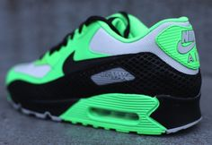 Nike Air Max 90 | Green, Black & Grey