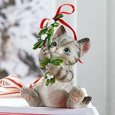 LENOX Figurines: Cats - Mistletoe Mischief Cat Figurine Christmas Animals, Christmas Cats, Silly Cats, Cute Cats, Holiday Centerpieces, Cat Decor, Christmas Figurines, Glass Figurines, Cat Birthday