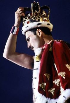 Freddie Mercury ~ Forever Queen