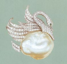 Baroque Peal and Diamond Swan brooch