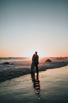 21 Extraordinary - Uplifting Wedding Photography Ideas : Top-Notch silhouette photo of couple standing on beach watching sunset Love Images, Love Pictures, Couple Pictures, Couple Ideas, Couple Beach, Love Couple, Gay Couple, Beautiful Couple, Plage Couples