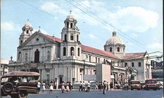 Quiapo Church. Circa 1955 Church Tattoo, She Was Beautiful, Cool Photos, Interesting Photos, Vintage Pictures, Manila, Filipino, Notre Dame, Barcelona Cathedral