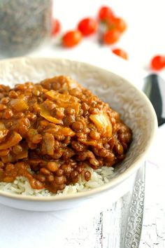 A delicious lentil curry recipe made in the slow cooker. Flavorful, hearty, and comforting.