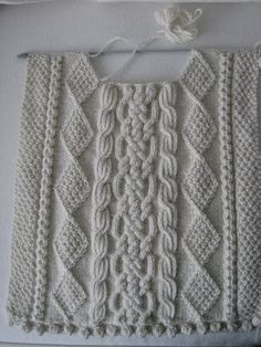 redesign+of+aran+sweater+022.jpg (300×400)