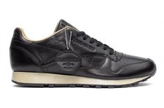 REEBOK CLASSIC LEATHER LUX HORWEEN BLACK/PAPER WHITE/GOLD #sneaker