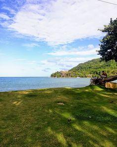 Parte 4. Sapzurro de mi corazón. Una de las playas más bonitas de Colombia. La frontera con Panamá y llena de color. Volvería una y mil veces. #sapzurro #colombia #water #sea #green Madrigal, Mountains, Nature, Travel, Instagram, Beaches, Colombia, Colors, Naturaleza