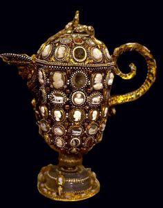FLEMISH Baroque Pitcher with cameos and precious stones.  circa 1620