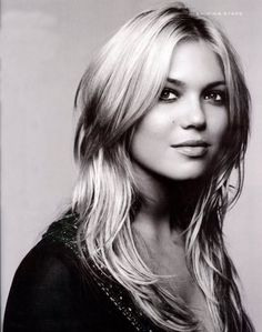 ...other than Jessica Alba, I dream of having a wife as beautiful as Mandy Moore hehehe